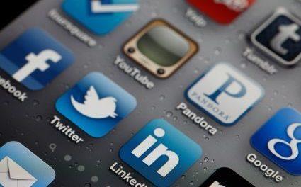 Top 8 Smartphone Apps for Pastors